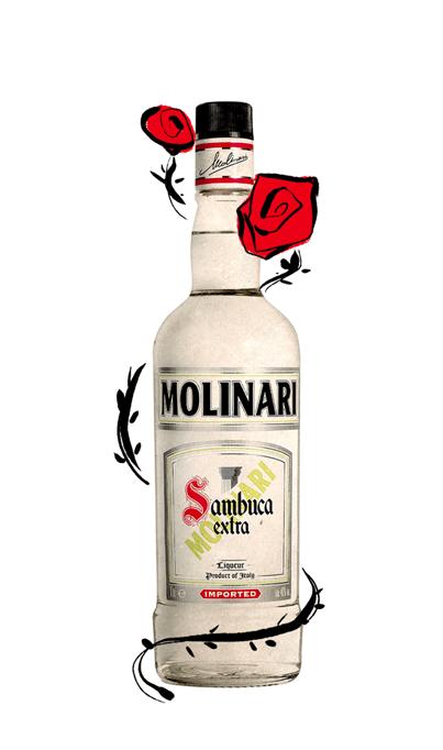 bottiglia liquore con rose rosse